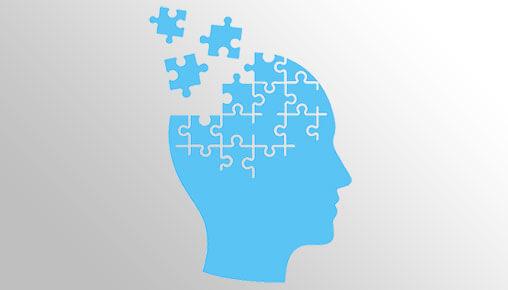 Image d'une tête faite de morceaux de casse-tête